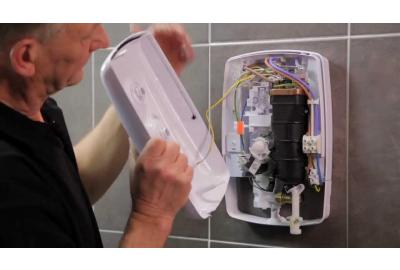 Replacing a Triton Electric Shower Like for Like